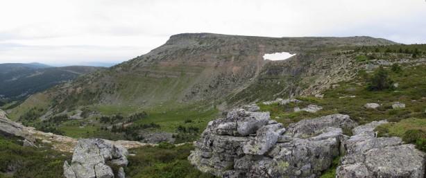 Mesa de Cebollera desde el Pico Verde.